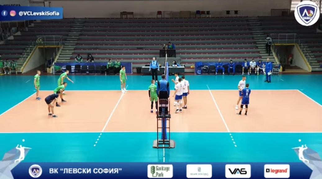 Юношите стартираха с 3:0 на финалите в София
