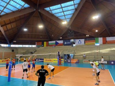 Чехия спря националите за финал на европейското